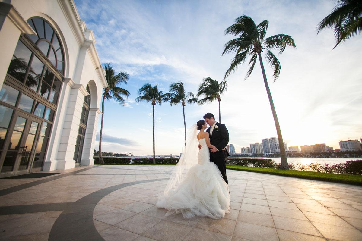 Reasons to Have a Destination Wedding in Palm Beach_Sara Kauss Photography