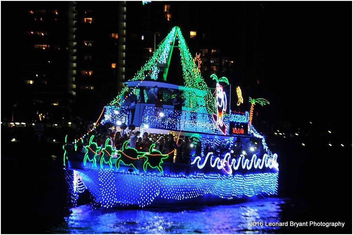Palm Beach Holiday Photo Spots_Palm Beach Boat Parade